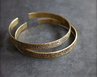 Floral Cuff Bracelet Set - Etched Gold Brass, Dark Oxidized Patina, Thin Skinny Cuffs, Textured Metalwork, Boho Jewellery
