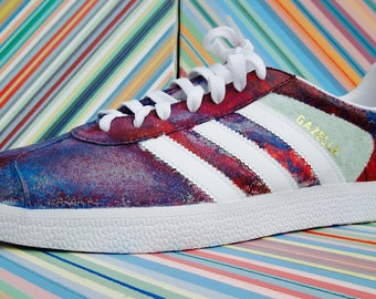 Custom Hydro-Dipped Adidas Gazelle, Mens 10, Red, White, and Blue