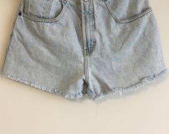 1980s Vintage Women's Structure Jeanswear Shorts