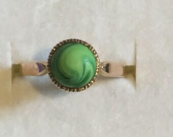 A Victorian 'Malachite' Gold Ring