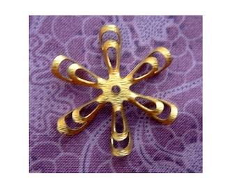 2 Flower beads, vintage metal, 39mm vintage metal flowers