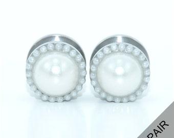 Pearl plugs / 2g, 0g, 00g, 1/2, 9/16, 5/8, 11/16, 3/4 / wedding plugs / pearl gauges / bridal plugs / professional plugs / elegant