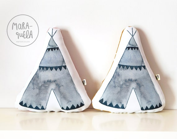 Cojín TIPI AZUL decorativo / Blue Tepee Throw Pillow