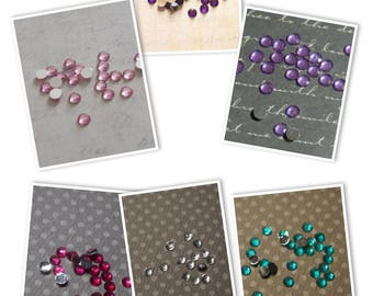 30 flat faceted 4mm acrylic rhinestones