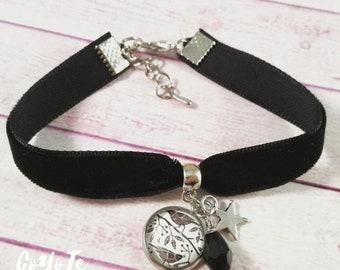 Bracelet, black velvet, pendant bracelet, cameo pendants nestlings, Cabochon