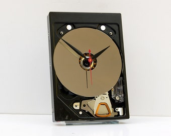 computer gift, computer clock, recycled hard drive clock, steampunk clock, Geek gift, upcycled computer clock, retro reuse computer clock