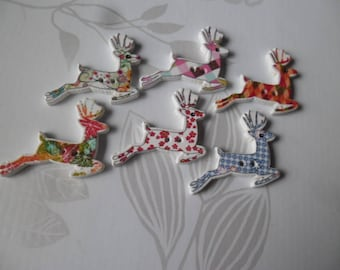 x 5 mixed buttons wooden deer with multicolored pattern 2 holes 3 x 2.8 cm