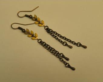 Yellow glazed ears chain earrings