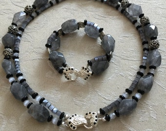 Handcrafted naturale grey stone necklace and matching bracelet