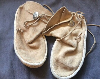 Vintage Leather Moccasins - W9