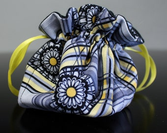 Drawstring Jewelry & Accessory Pouch