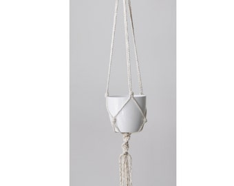 Simple Macrame Plant Hanger in Cotton