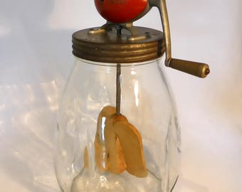 Blow butter churn – original from the 1940s