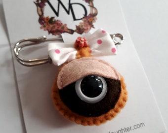 Waka Waka Wearable Art Time Keeper Kilt Pin by Winnifreds Daughter