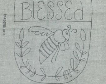 Blessed Bee, Rug Hooking Pattern