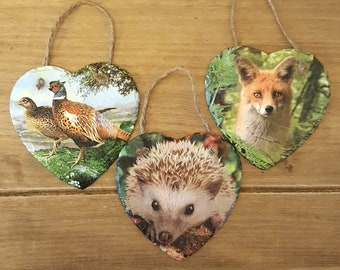 Wildlife slate hanging heart 15cm with twine. Either a hedgehog, or fox or pheasant