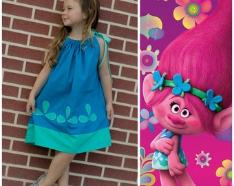 Poppy dress, Trolls birthday party, poppy halloween costume, trolls costume ,  pillowcase dress,poppy trolls dress, princess Poppy