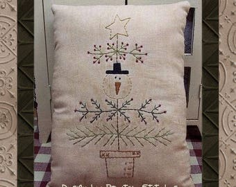 Snow Christmas Tree--Primitive Stitchery E-PATTERN by Primitive Stitches-Instant Download