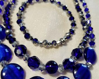 Royal blue and sparkling crystals necklaces and earrings jewelry set