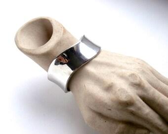 Hinged Bracelet - Vintage Jewellery - Silvertone - Cuff Bracelet