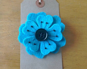 Felt flower brooch in teal