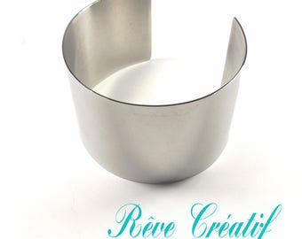 Cuff Bracelet 55mm wide and 67mm diameter 304 stainless steel