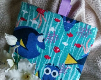 """Kids Eco Friendly Bag, Fabric Baggie, Reusable Snack Bag, Reusable Sandwich Bag, Teacher Gift, Fabric Pouch, """"Dory with/without tabs"""""""