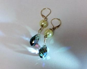 Swarovski Crystal Earrings,  Iridescent Swarovski Crystal Earrings , Swarovski Earrings, 925 Sterling Silver,Argentium Sterling Silver