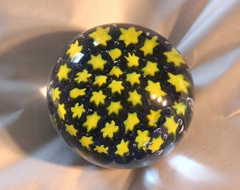 Yellow star paperweight