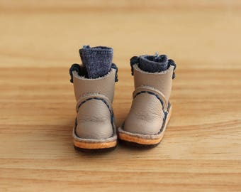 Cowboy boots for blyth , pure neemo,mimi body,  Color Tan gray
