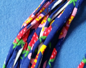 Strawberry and Floral Print Recycled T-shirt Fabric Necklace - navy blue upcycled tshirt necklace tarn tshirt yarn ecofashion
