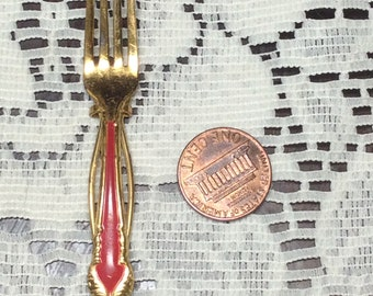 Vintage Gold Tone Fork Hairpin
