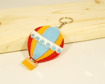 personalized keychain - MONTGOLFIERE felt hand-sewn color travel flight sky flew liberty