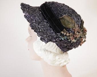 Vintage 1930s Dark Blue Woven Raffia 1/2 Cloche Tilt Hat w/ Flowers