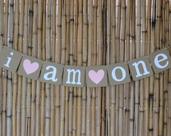 I Am One Pink Heart Banner, Baby Birthday Banner, First Birthday Banner, Birthday Photo Banner, Photo Prop, Baby Banner