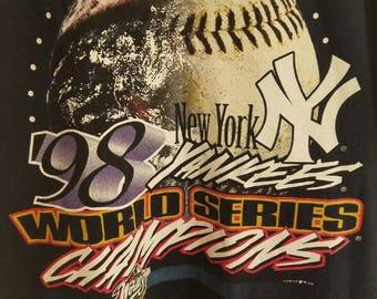 Vintage 1998 Yankees shirt