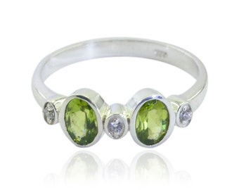 Nice Gemstone  Peridot ring - Sterling Silver Green Peridot Nice Gemstone Ring - daughter jewelry gift for husband personalized