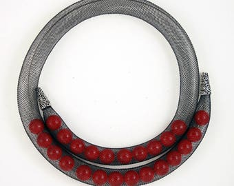Red mesh necklace