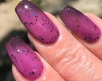 Lovers Woe  purple to black thermal glitter nail polish
