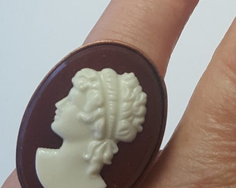 Vintage Czech Glass Cameo Large Ring