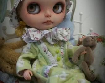 Bunny pyjamas for Blythe