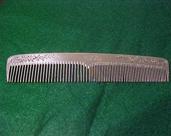 """Aluminum Comb 7 1/4"""" Manitowoc Wisconsin Vintage"""
