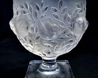Lalique Elizabeth Vase Birds In Flight Frosted Crystal Bowl