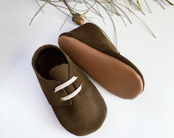 Deep Olive Suede Oxfords // Oxfords // Moccs // Baby Oxfords // Baby Shoes // Olive Shoes