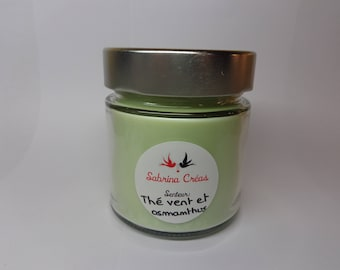 Vegetable soy wax scented green tea and osmanthus.