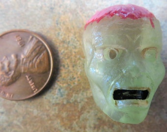 Dollhouse Miniature Translucent Zombie brain Halloween mask