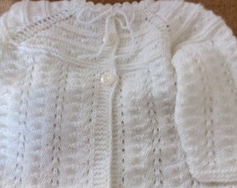 White color cardigan with pearl buttons, knitted, handmade, knitting, hand made