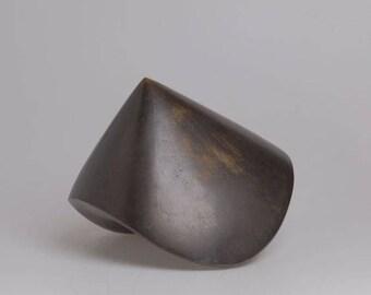 Bronze abstract sculpture 'title Komp' by P. van Mourik (1945)