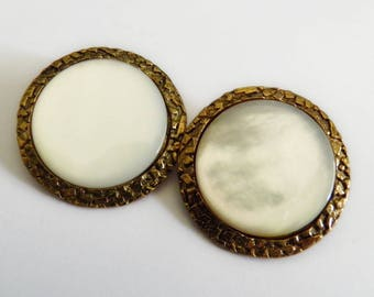 MOP Shell Buttons White Set in Gold Metal
