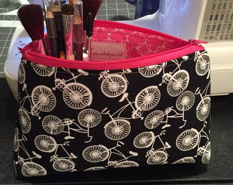 Bicycles Cosmetic Bag / elevatedparrot / Makeup bag / Zipper Pouch